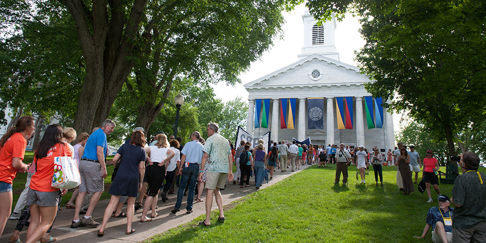 Banner image - Slide 5 - Meet friends who love Middlebury!